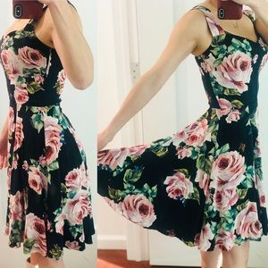 Dolce & Gabbana Dresses - Dolce Cabbana floral dress size38 brand-new w/tag